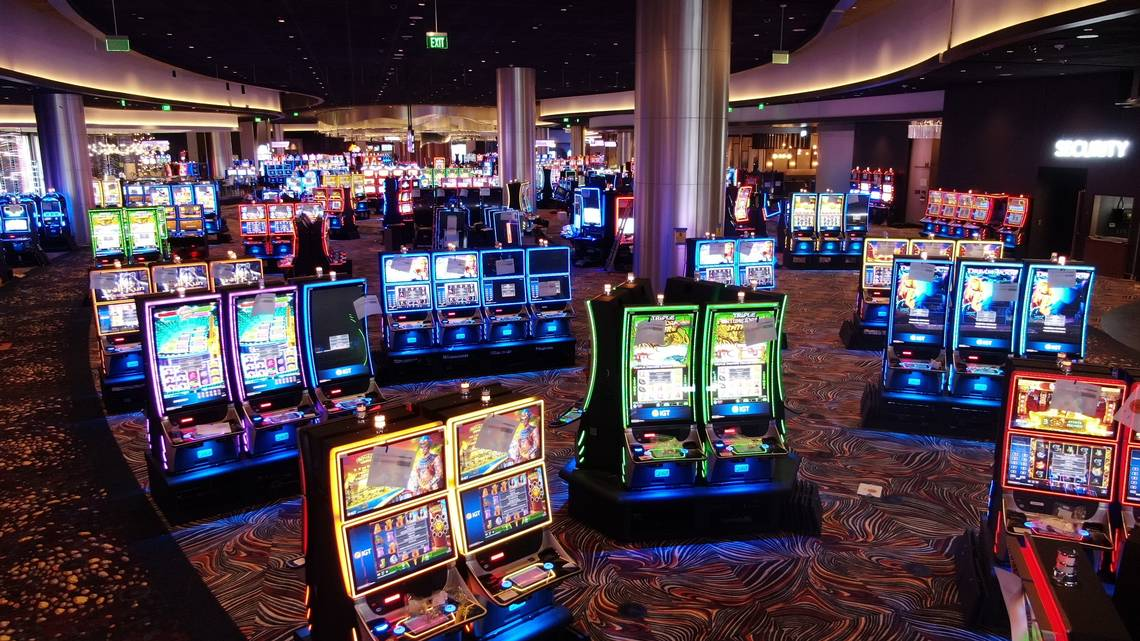 Casino Essentials For Inexperienced Persons